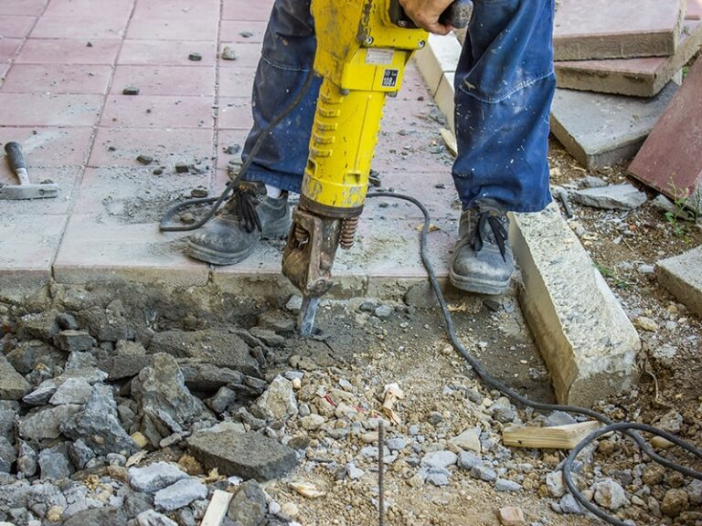 A Guide to Concrete Removal blog img 2 768x576 - Brisbane Concrete Removal: A Step-by-Step Guide